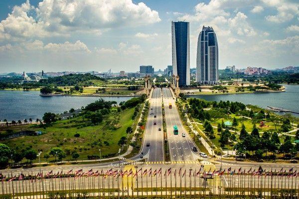 Великий переїзд - столиці держав, побудовані з нуля