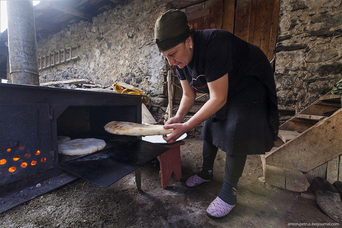 Секрети випічки справжнього грузинського хліба