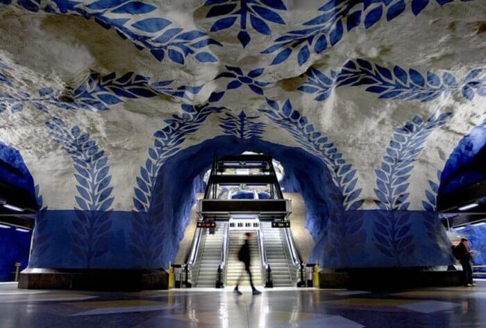 7 найкрасивіших метрополітенів світу