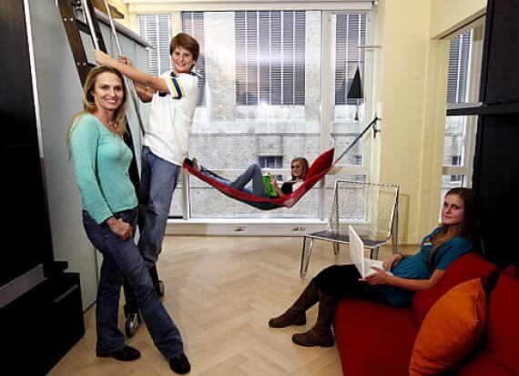 Як поміститися в 2-кімнатній квартирі мамі з 4 дітьми?